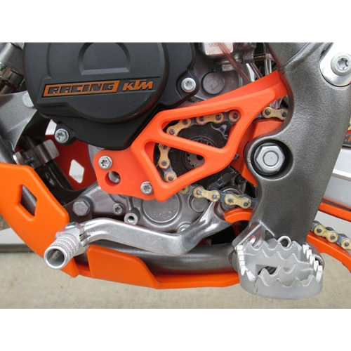 Dirt Bike Integrated Case Saver Sprocket cover